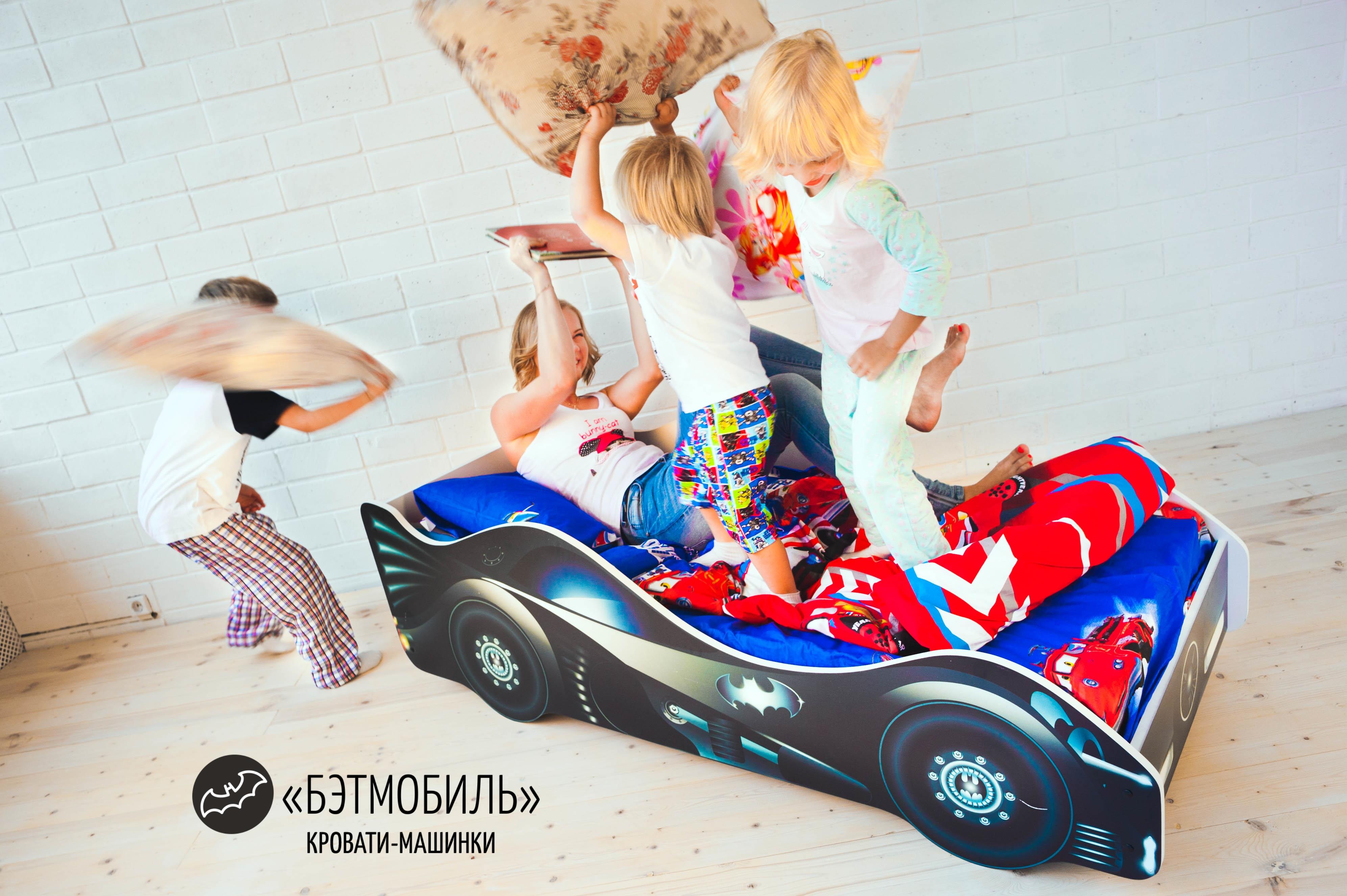 Детская кровать-машина -Бэтмобиль-3